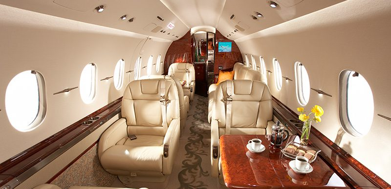 Tailor made charter flights commodities